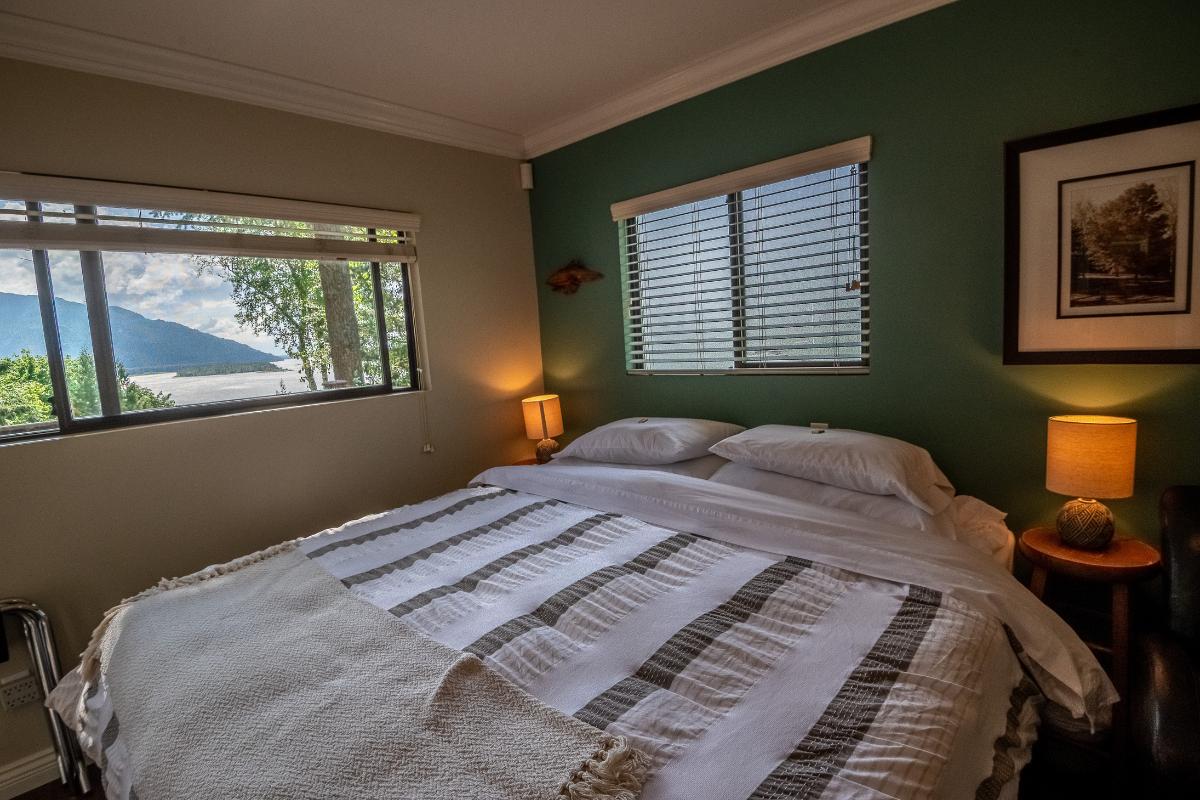 Panoramic Room Chilliwack B&B (2)