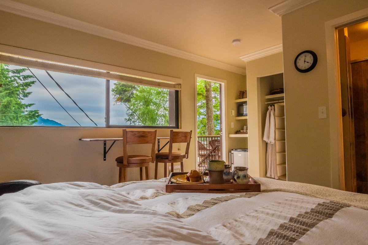 Panoramic Room Chilliwack B&B
